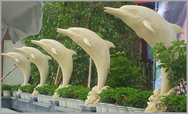 连江凤翔国际砂岩海豚雕塑