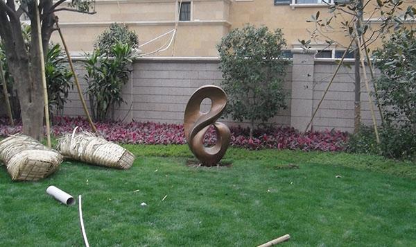 雕塑结合园林景观的设计